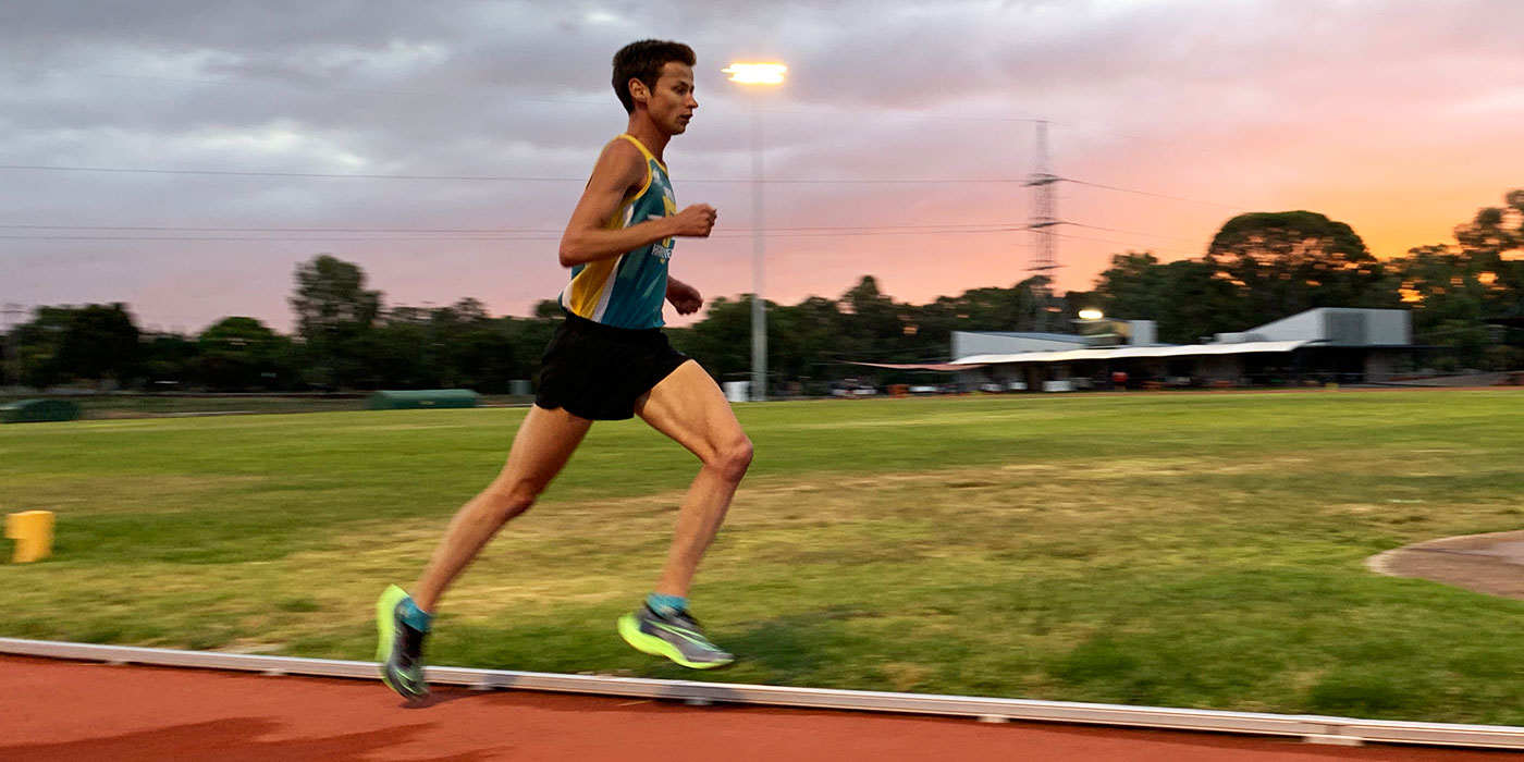 Jamie Cook running at the Bendigo Athletics Track